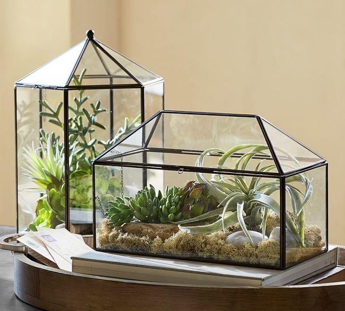 باغ شیشه ای در باغ ویلا